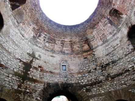 Open Dome in the Vestibule