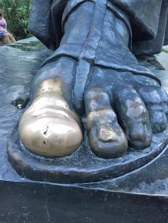 The lucky toe