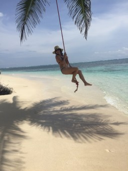 Swinging around the San Blas