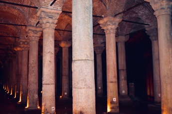 Columns in the dark cistern